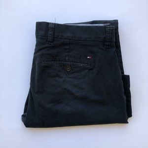 Tommy Hilfiger color navy blue khaki size 31/30